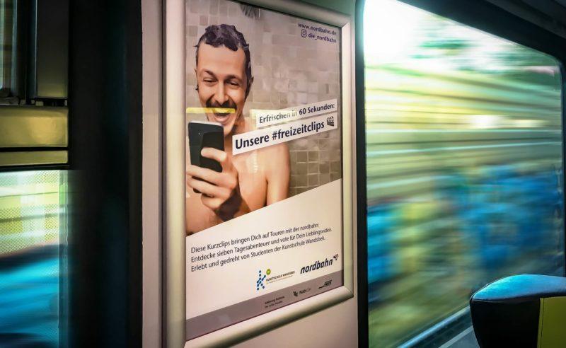 Bei dieser nordbahn Kampagne haben die Fahrgäste gut lachen …